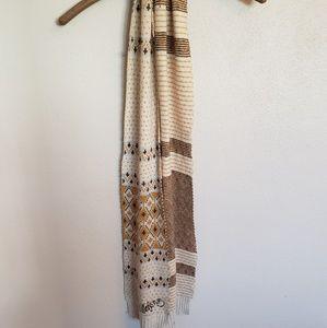 Billabong scarf